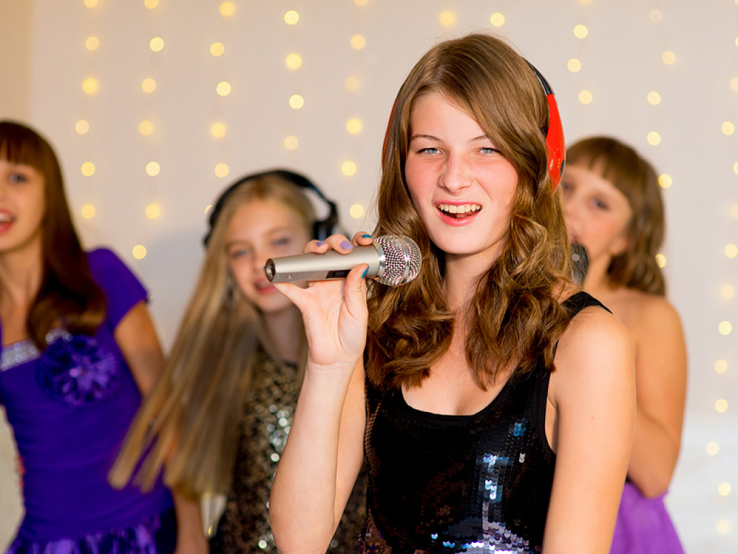 Kids Karaoke Wednesdays and Thursdays starting at 5:00PM at the Viking Drive location only!